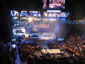 raw crowd