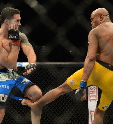 Anderson Silva broken leg video