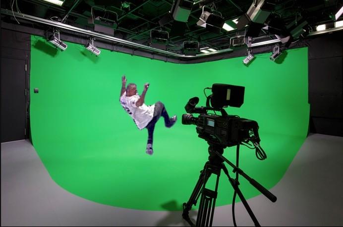 Shane McMahon cell jump