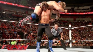 Enzo hits rope