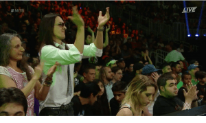 wwe fans front row
