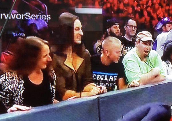 ringside fans