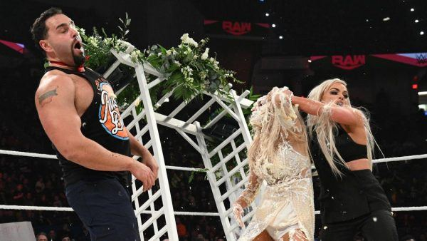 in-ring wedding