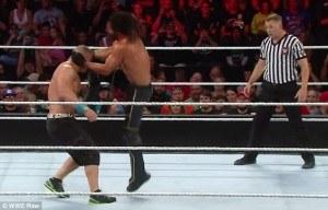 Rollins knee injury